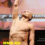 Александр Яковлев опустится в лёгкий вес, чтобы встретиться с Грэеем Мейнардом 4 апреля