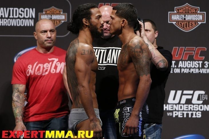 039_benson_henderson_and_anthony_pettis.0