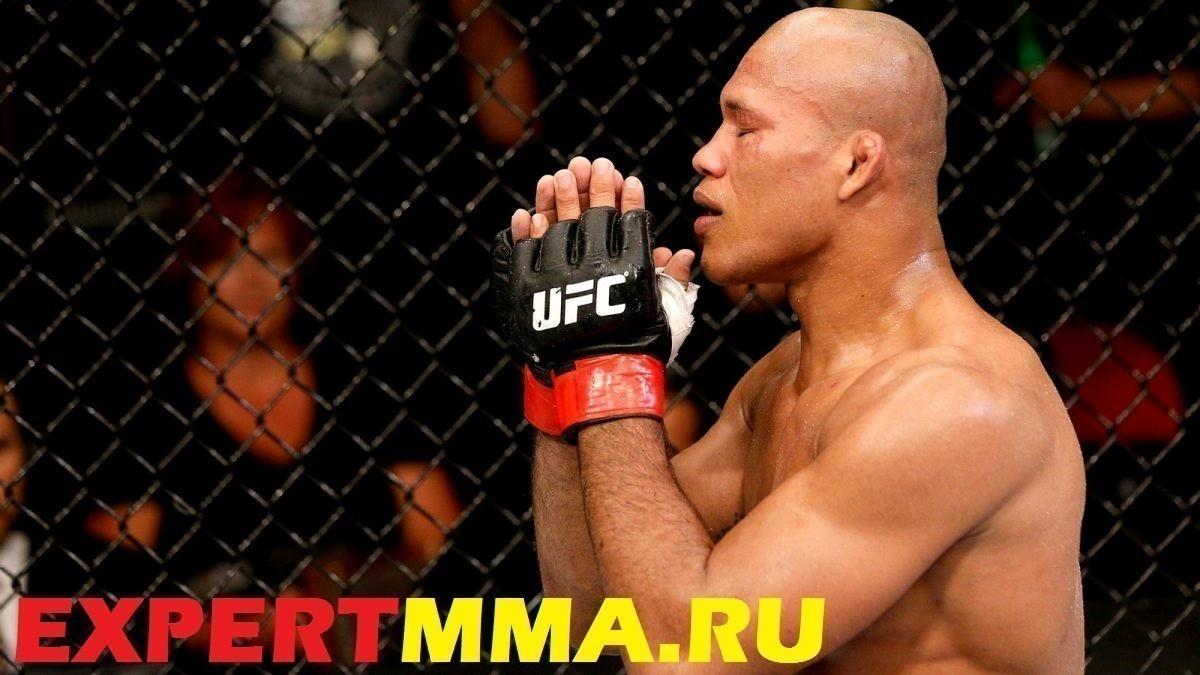 090514_UFC_Ronaldo_Souza_celebrates_SS_PI.vresize.1200.675.high.67