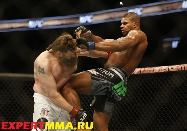 MMA: UFC 185-Nelson vs Overeem