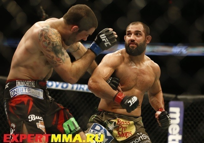 MMA: UFC 185-Hendricks vs Brown