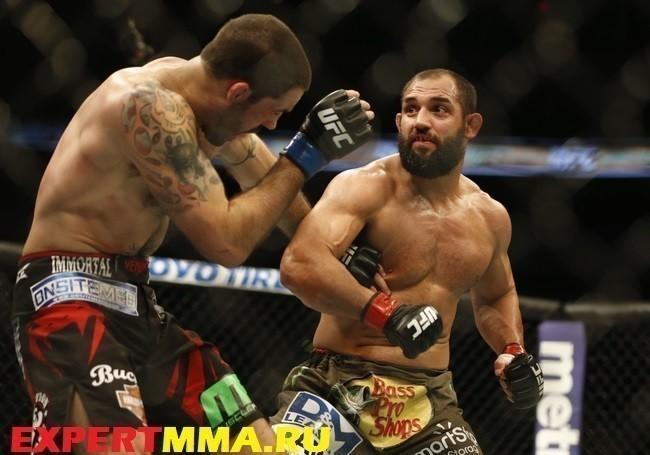 MMA: UFC 185-Hendricks vs Brown