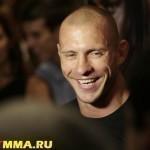 ОФИЦИАЛЬНО: Дональд Серроне главный претендент на титул чемпиона UFC в легком весе