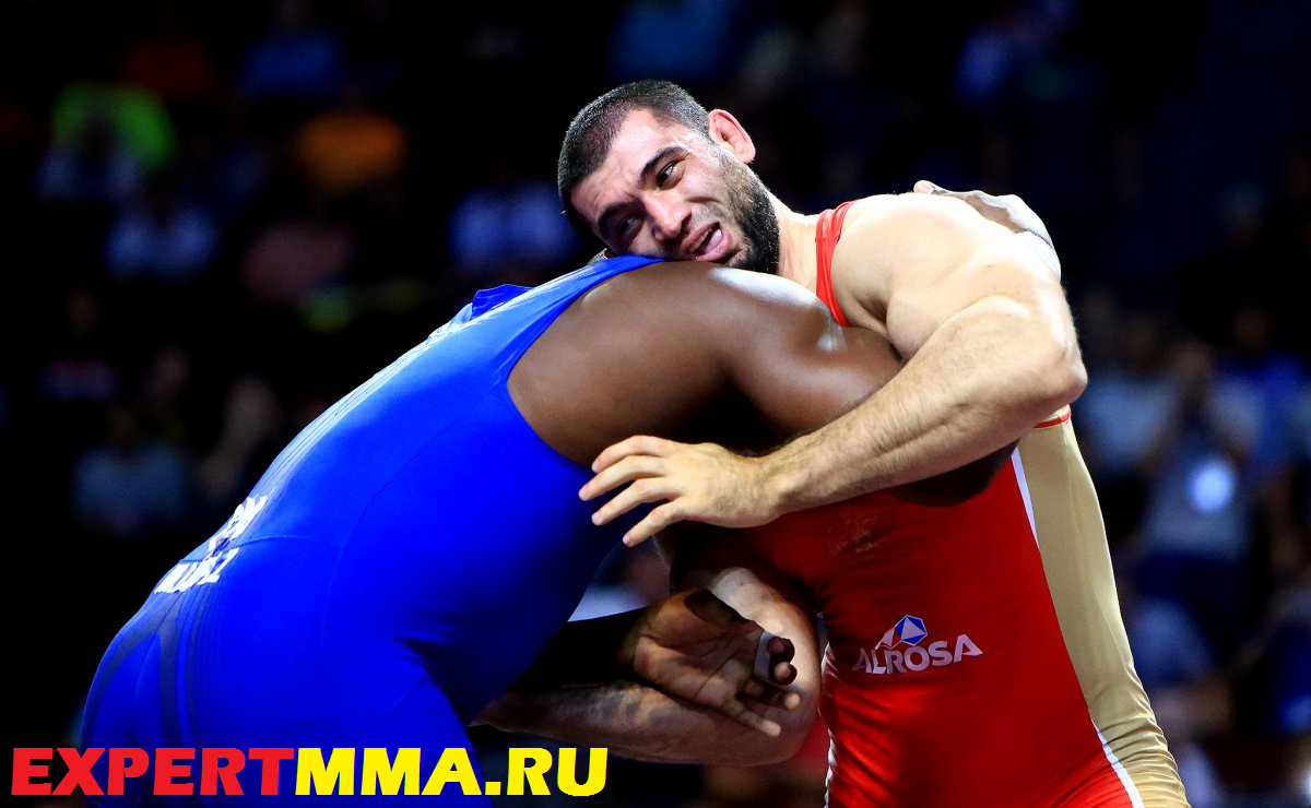 130kg_lopez_makhov_2.jpg