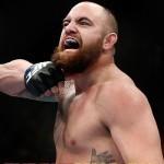 Тревис Браун против Мэтта Митриона на UFC on Fox 18