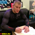 Сергей Павлович подписал контракт с FIGHT NIGHTS