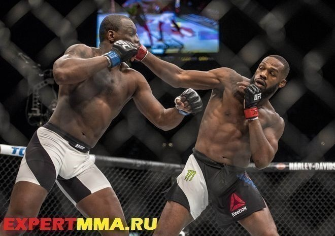 MMA: UFC 197-Jones vs Saint Preux