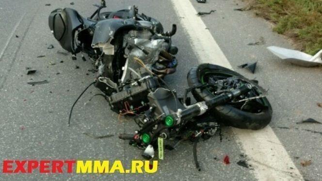 052716-UFC-Darrell-Horcher-Motorcycle.vadapt.664.high_.82