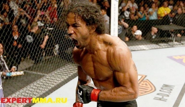 020515-UFC-Benson-Henderson-reacts-after-his-submission-victory-PI.vresize.1200.675.high_.87