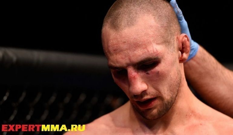 061816-UFC-Rory-MacDonald-Post.vresize.1200.675.high_.40
