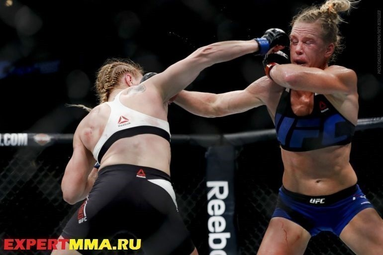110_Holly_Holm_vs_Valentina_Shevchenko.0.0