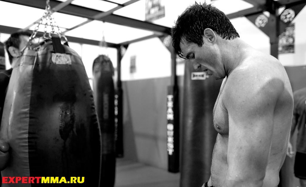 UFC_148_Preview_Chael_Sonnen_Workout_4bs4ha66oXxx.jpg