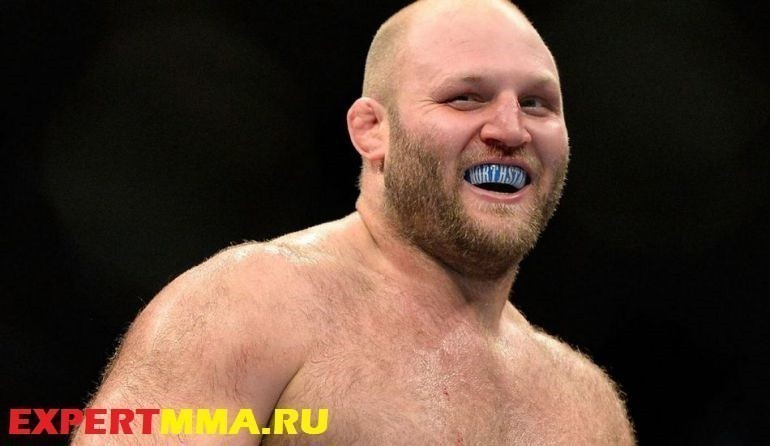 090314-UFC-Ben-Rothwell-celebrates-after-defeating-Brandon-Vera-PI-.vresize.1200.675.high_.14