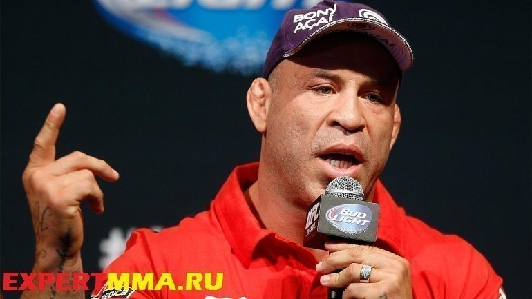 UFC 175 & The Ultimate Fighter Finale - On-Sale Press Conference