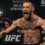Конор Макгрегор появился в Snapchat с двумя чемпионскими поясами UFC
