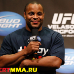 Даниэль Кормье станет комментатором турнира UFC 208