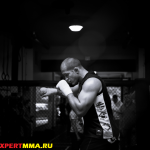 Дос Сантос продолжает подготовку к бою с Мочичем (видео)