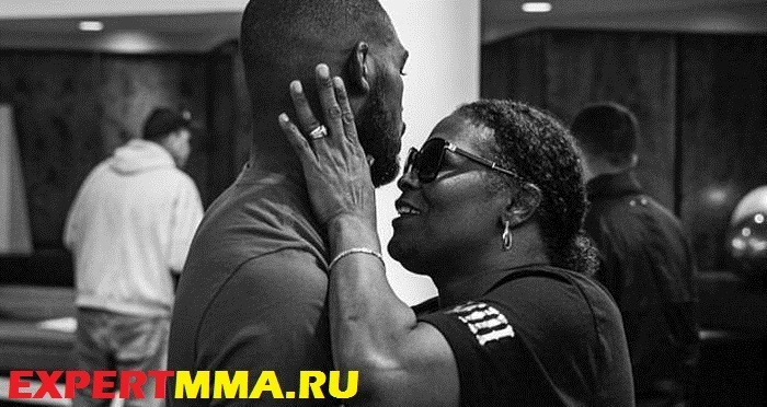 jon-jones-mother