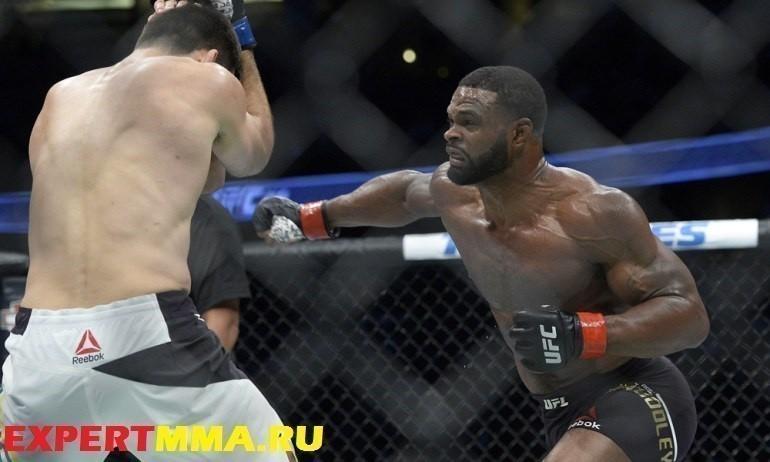 MMA: UFC 214-Woodley vs Maia