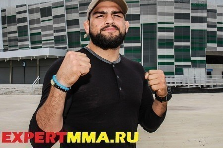kelvin-gastelum-ufc-fight-night-106-pre