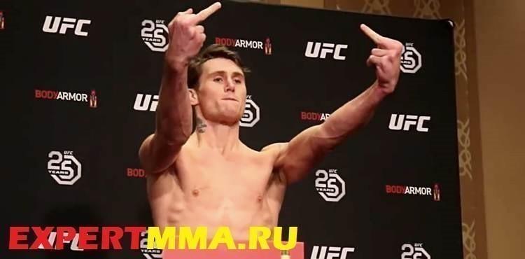 Darren-Till-UFC-228-weigh-in-flip-off